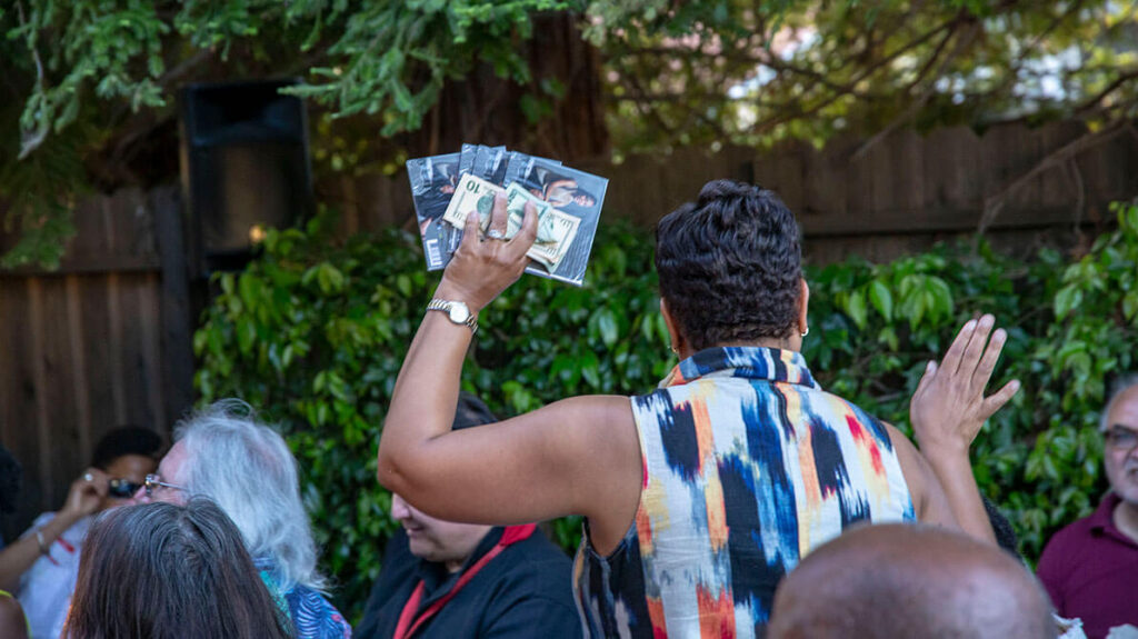cd release performance- audience buying cds