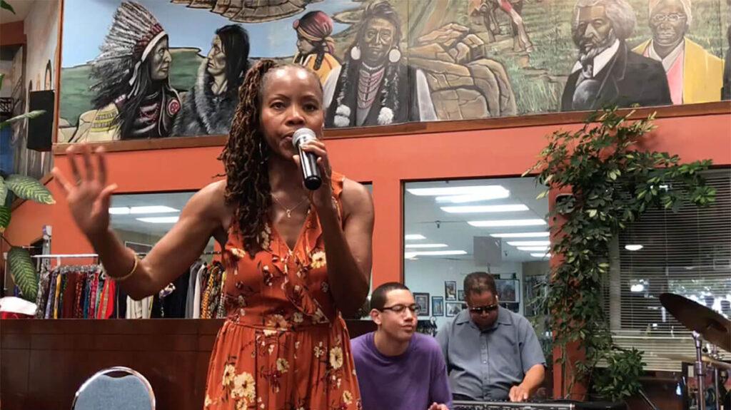 african marketplace 2019 - sabrina singing closeup 6
